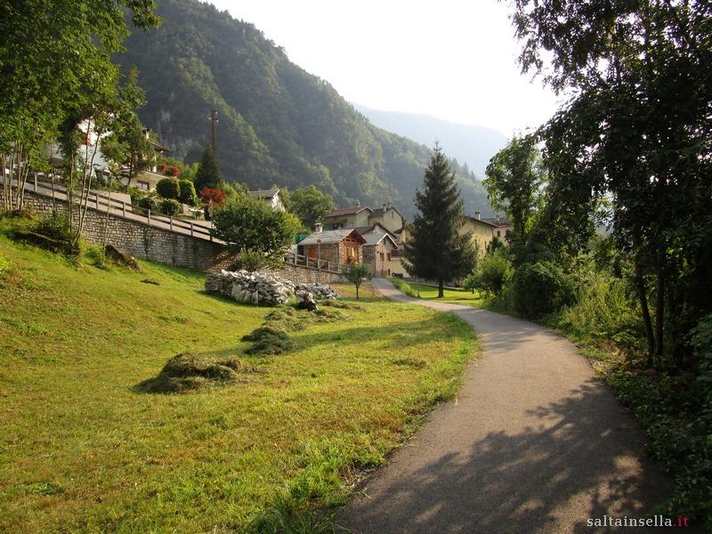 Itinerario ciclabile valchiavenna - Dogana svizzera cosa si puo portare ...